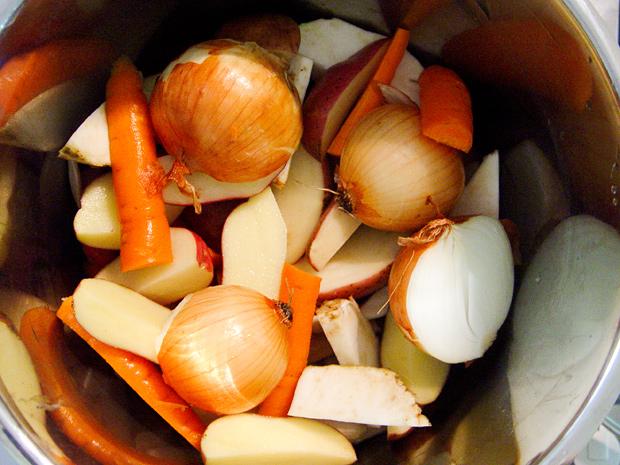 Lúgosító zöldségalaplé 5 elem módra